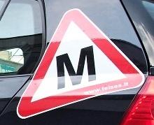 Vairavimo mokyklos privalės atnaujinti automobilius